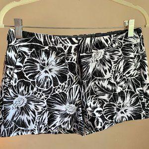 Banana Republic Fit Shorts, Black & White, 4